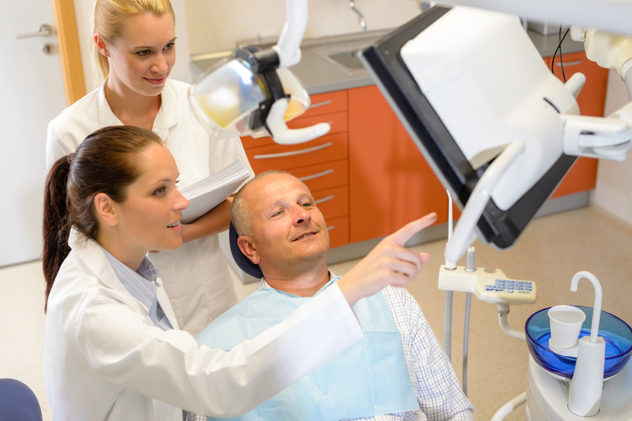 What Does An Oral And Maxillofacial Surgeon Do?
